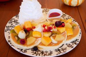 フルーツたっぷりパンケーキ ¥1380