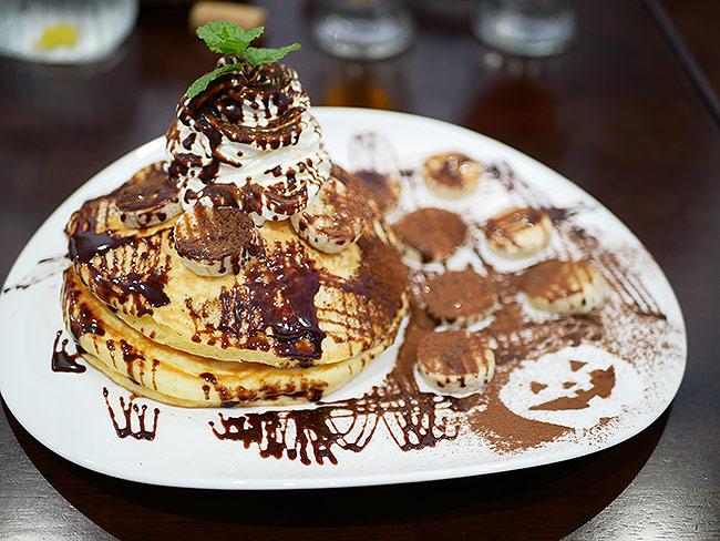 【小山市】ビーハウスで極上パンケーキを実食!はちみつかけ放題! - クラーケンハック