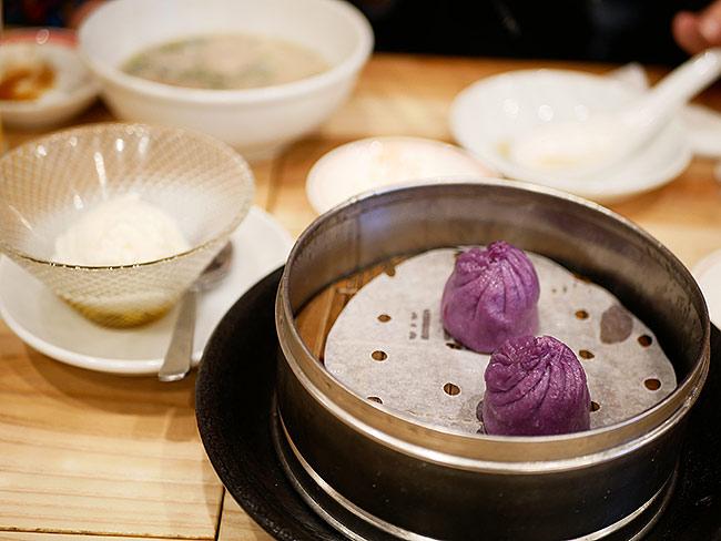 紫芋とバニラの小籠包 420円