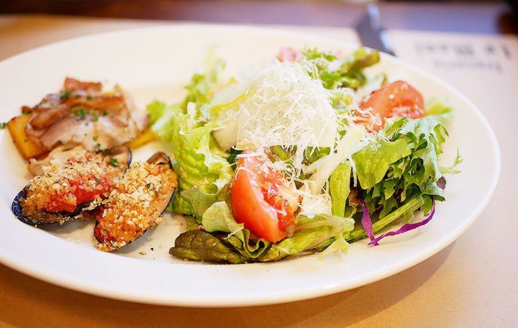 季節野菜たっぷりサラダ+前菜1品