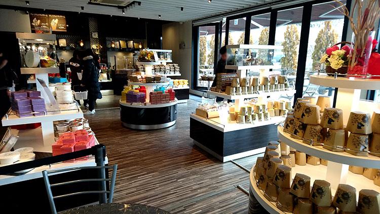 軽井沢チョコレートファクトリー 店内の様子