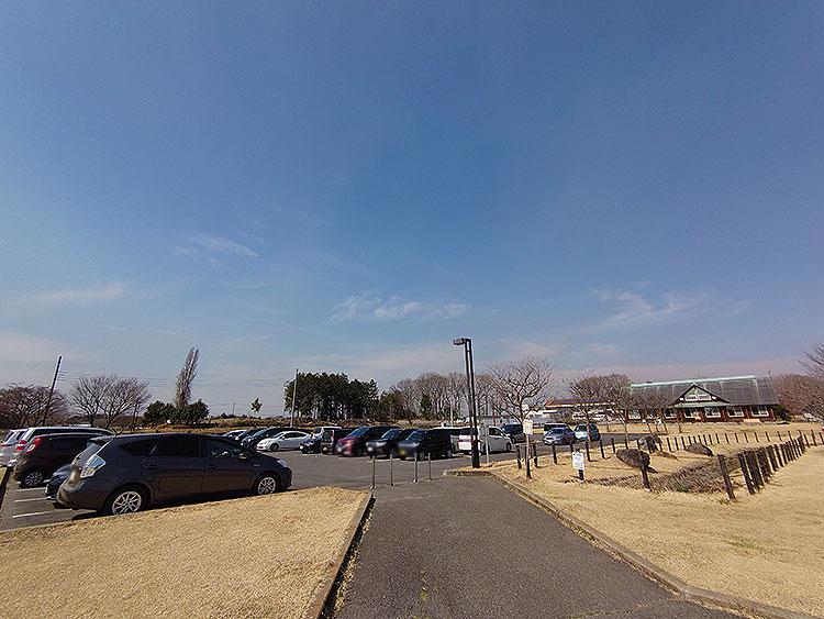 蔓巻公園 駐車場