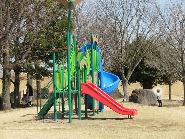 蔓巻公園 幼児用遊具